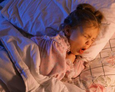как успокоить кашель у ребенка ночью
